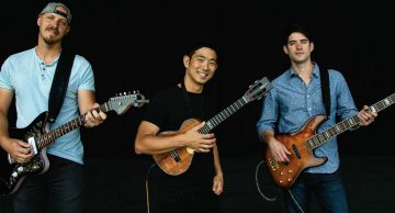 Jake Shimabukuro celebrates ukulele's crazy-good fusions