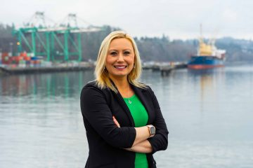 Port of Everett CEO -Working Mom Breaks Glass Ceiling