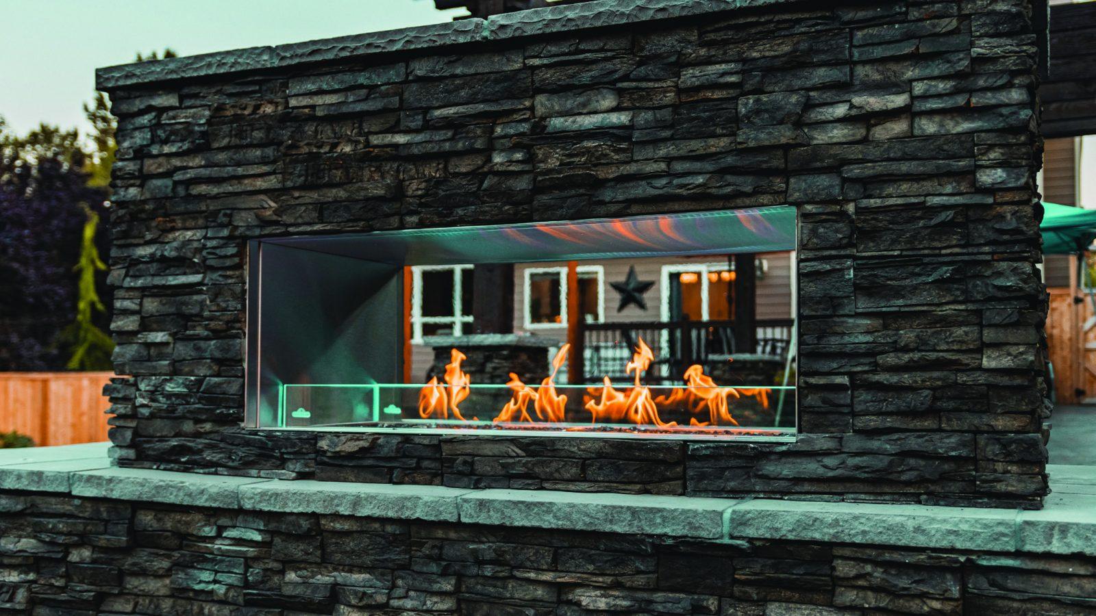 Napoleon Starfire Outdoor Gas Fireplace